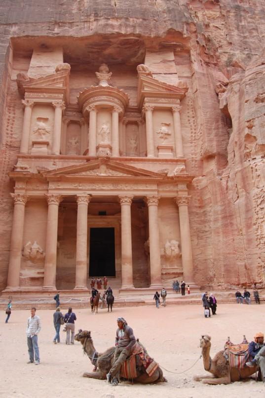 Petra-Treasury-DSC_1284-680x1024